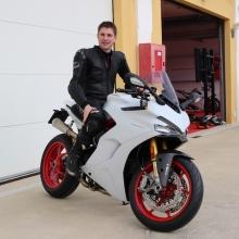 motorradblogger-auf-supersport-s