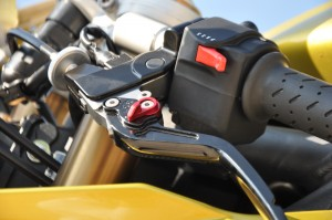 Kontrast: hochwertige einstellbare Handhebel und einfache Schalter