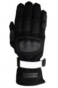 Der Handschuh schätzt vor Brüchen und Abschürfungen